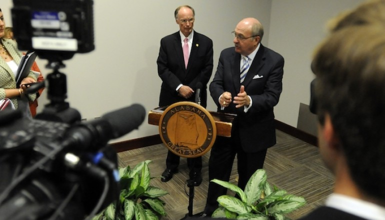 Governor Bentley Holds Press Conference on Ebola