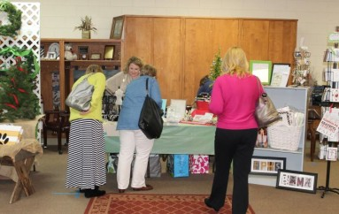 DeKalb Children's Advocacy Center Open House Holiday Market