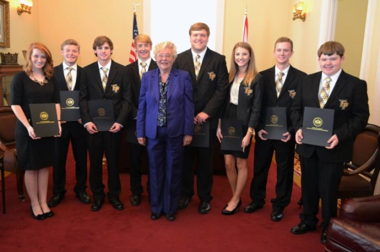 """The """"Fort Payne Seven"""" takes State Title at Real World Design Challenge"""