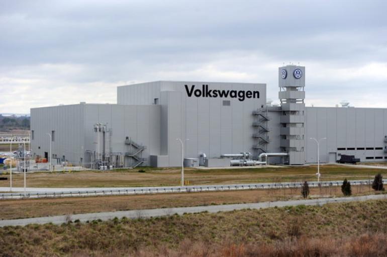 Volkswagen Comes to DeKalb Bearing Gifts