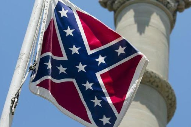 Bentley removes Confederate flag from Alabama Capitol