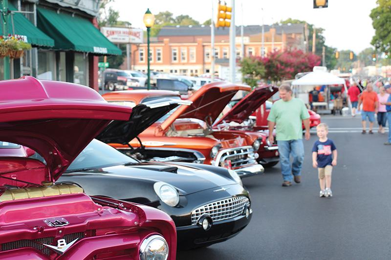Main Street Alabama resource team in Fort Payne this week to offer plan