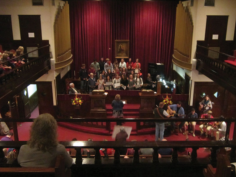 Community comes together each year for special Thanksgiving service