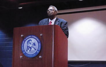 Senator Hank Sanders speaks at NACC
