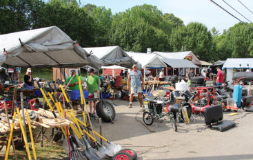 Hwy 11 Antique Alley Yard Sale underway