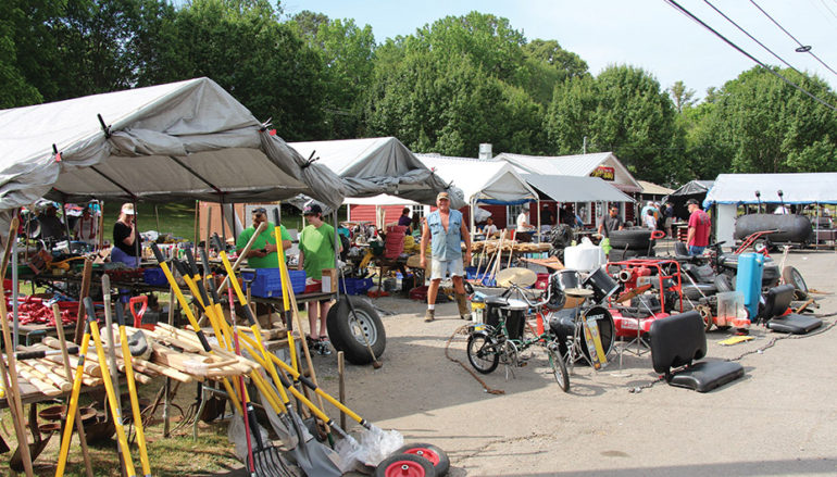 Hwy 11 Antique Alley Yard Sale underway