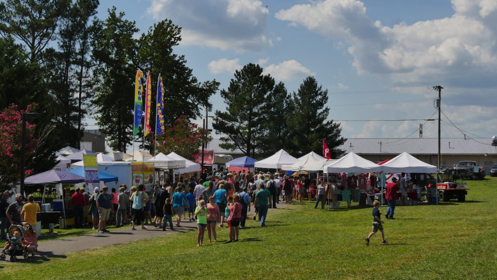 According to Ider Mayor Lassetter, around 4000 attendees came out for the 30th Mule Days. (Photo by Tyler Pruett)