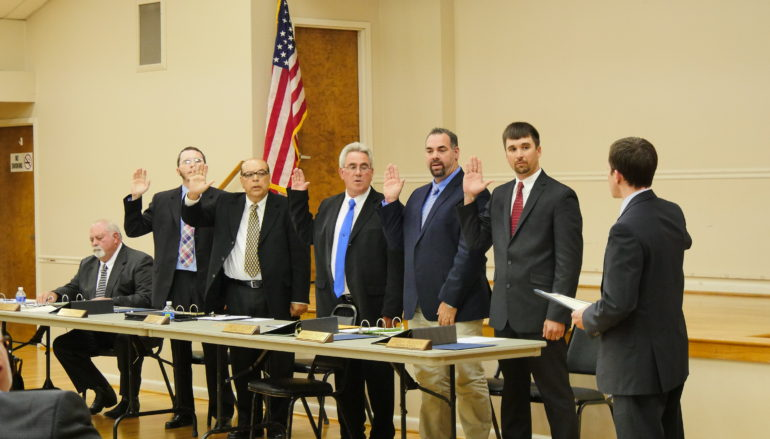 Rainsville swears in new mayor; city council (VIDEO)