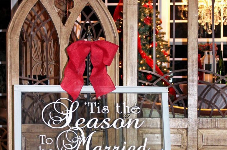 Something Borrowed hosts Christmas Open House
