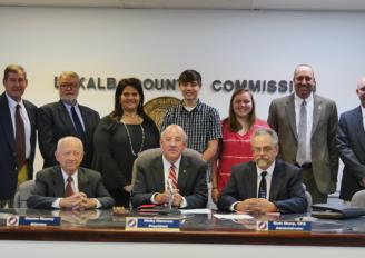 VIDEO: DeKalb Co. Commission recognizes Fort Payne High School CERT