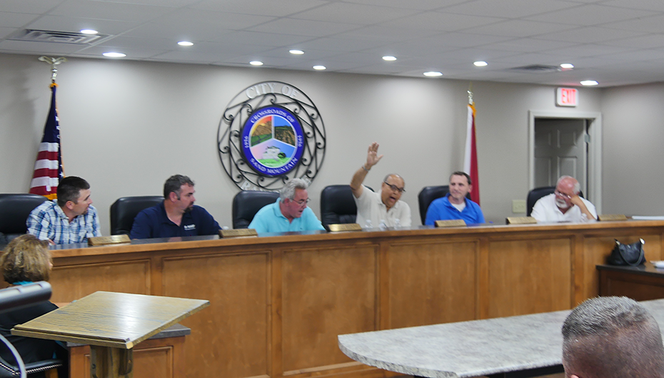 City Moves to Control Chamber of Commerce