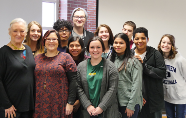 Nationally acclaimed actress works with DeKalb Fine Arts students