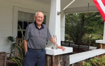 Thompson receives Rotarian award
