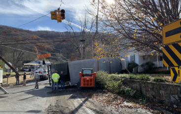 Truck Strikes Utility Pole in Fort Payne