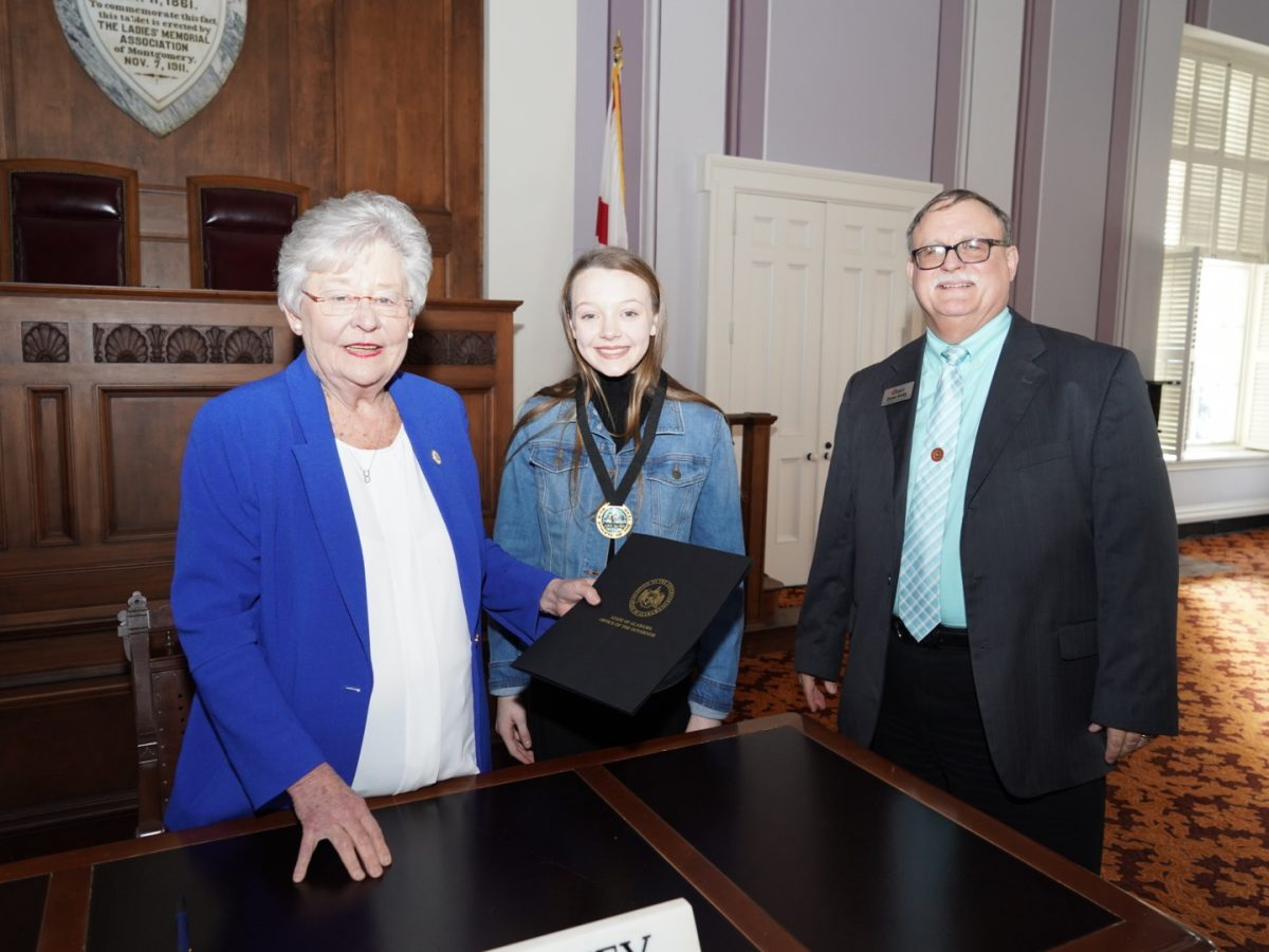 Rainsville Athlete Honored by Ivey