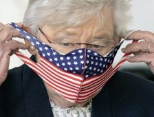 Ivey Opts to Continue Mask Mandate