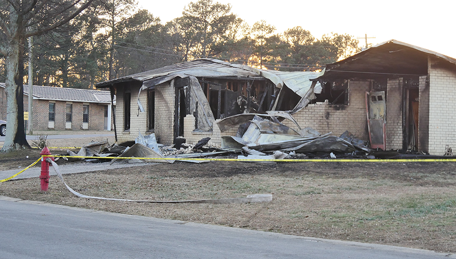 Early Morning apartment fire claims two in Geraldine